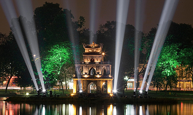 Hanoi to light up Sword Lake