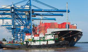 $2-bln trade surplus in Q1