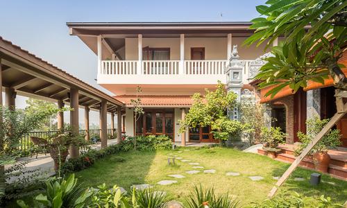 Hanging garden of Hanoi
