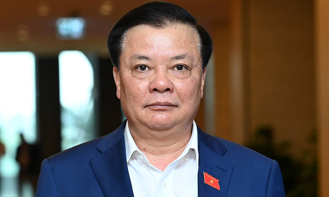 Finance minister becomes Hanoi Party chief
