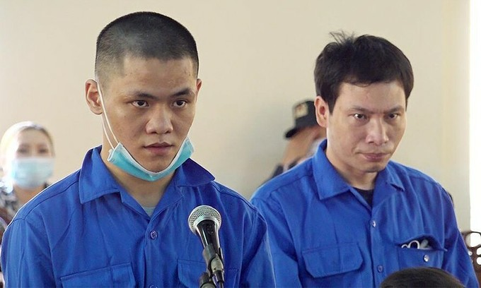 Vietnam sentences two to death for trafficking meth