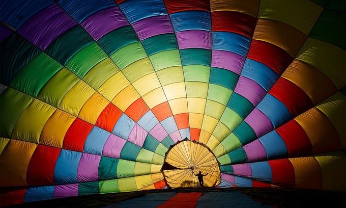 Vietnam hot air balloon shot wins Smithsonian photo contest