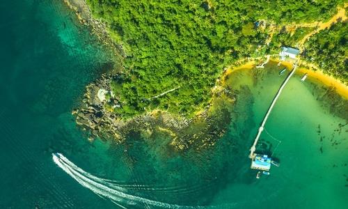 The charm of Vietnam beaches