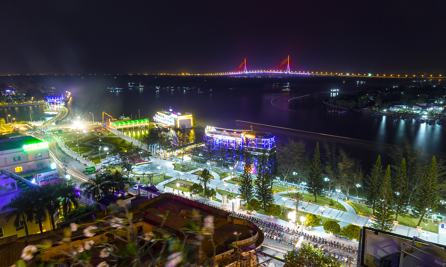 The southern city of Can Tho at night. Photo by Shutterstock/Huy Thoai.