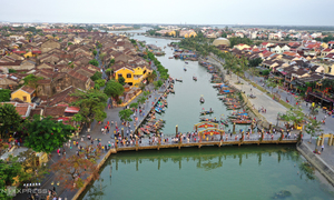 Hoi An bursts with weekend visitors after Covid-19 contained