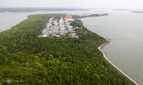 Environmental protection should predominate HCMC marine economy plan: experts