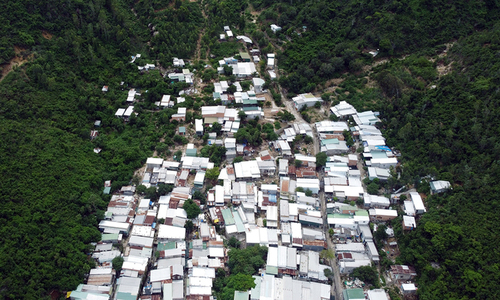 Nha Trang to build 1,000 apartments to relocate families threatened by landslides