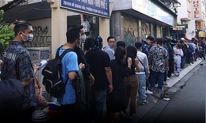 Kilometer-long queue for rap TV show casting call