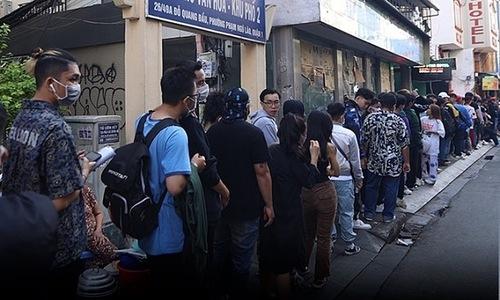 Kilometer-long queue for rap TV show casting call