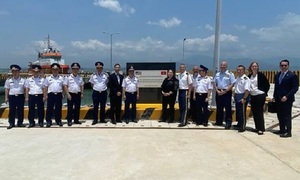 US hands over training facilities to Vietnam coast guard