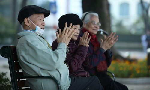 Ministry seeks to cut social insurance contribution period to obtain pension