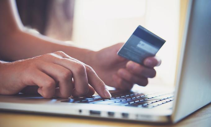 Companies struggle to hire e-commerce staff: report