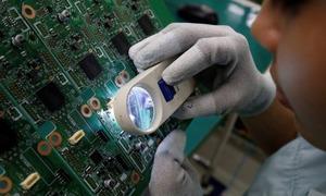 Global firms dominate Vietnam electronics exports