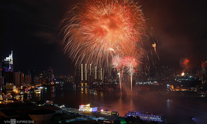 HCMC to set off Reunification Day fireworks