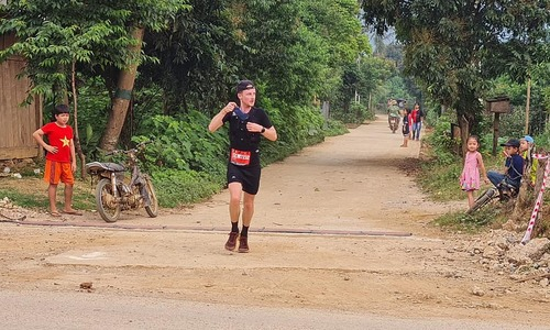 Frenchman crowned overall winner of Vietnam Trail Marathon