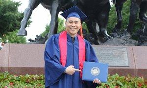 Vietnamese engineer honored by US Department of Defense