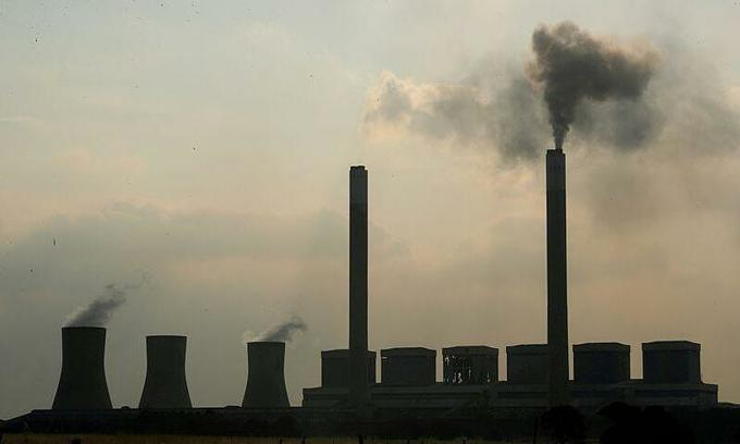 Vietnam commits to cut emissions, promote sustainable energy in climate battle