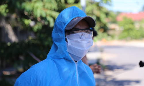 Three drivers isolated after close contact with Laotian coronavirus case