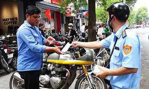HCMC fines citizens $1,000 for not wearing masks