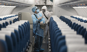 Hanoi man tests positive for coronavirus after flight with infected Chinese expert