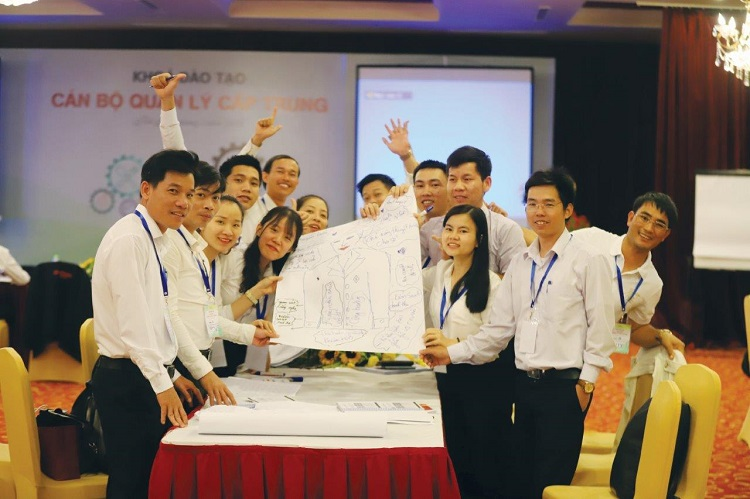 A training workshop at Sun Group.  Photo by: Sun Group.
