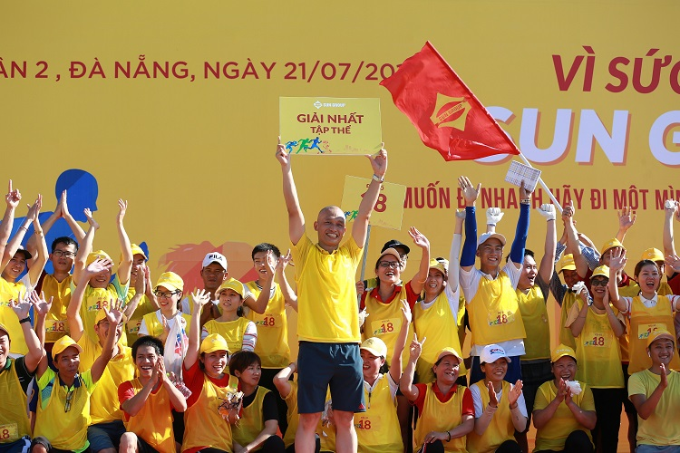 Sun Group  build employee wellness programs, sports events... to promote healthy lifestyles. Photo by: Sun Group.