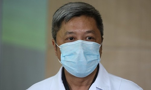 Deputy health minister, experts travel to Laos to assist in Covid fight