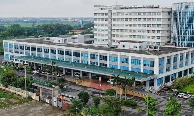Hanoi frontline hospital in Covid-19 fight locked down