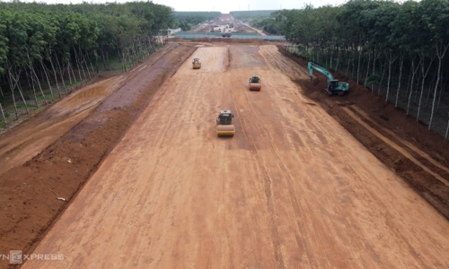 Dau Giay - Phan Thiet expressway takes shape