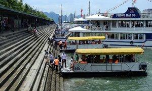 Quang Ninh, Hai Phong tourist attractions shut amid Covid-19 surge