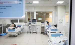 Eight more cases recorded at Hanoi hospital Covid cluster