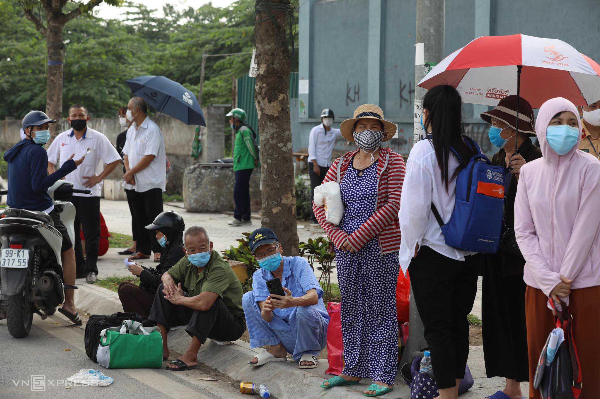 Lockdown at Hanoi cancer hospital catches patients off guard