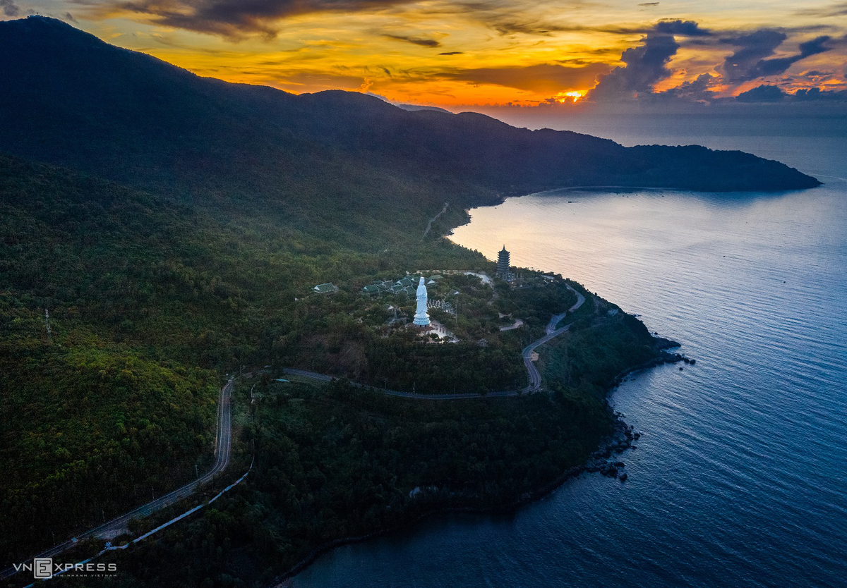 Son Tra Peninsula overlooking Da Nang beach in central Vietnam. Photo by Ha Vu Linh.