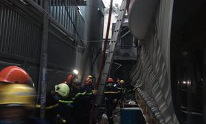 Eight perish in Saigon house fire