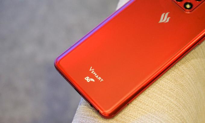 Vingroup shuts down smartphone, TV manufacturing