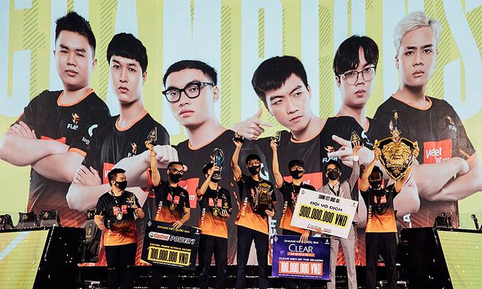 Team Flash wins national Arena of Valor championship