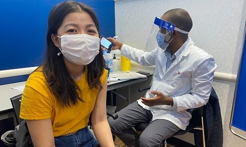 Relief, anxiety among US Vietnamese diaspora over Covid-19 vaccinations