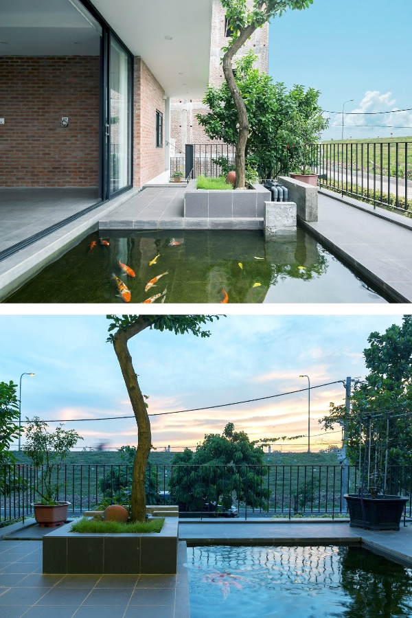 Architects recreate features of northern plain houses with a modern twist. The house has a porch, a front yard, a backyard, water surface, green trees, which are all close to houses in northern Vietnamese villages.