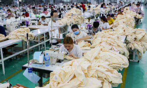 Vietnam textile firms struggle to collect dues from US buyers
