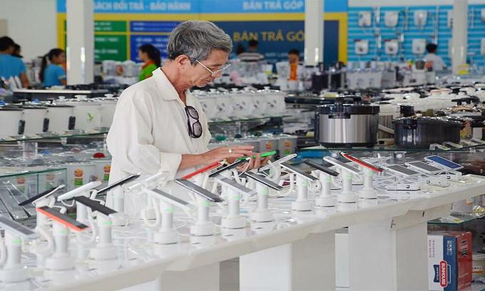 Mobile World works with small electronics retailers to expand reach
