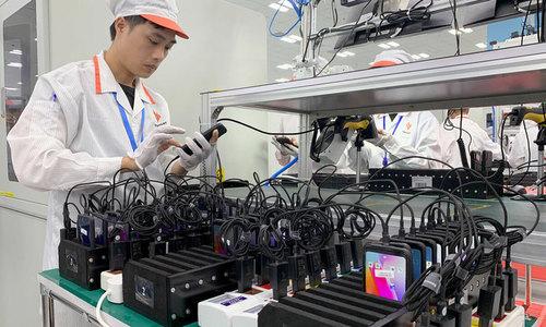 The dilemma of Vietnamese smartphone brands