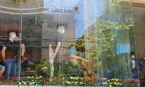 165 stranded in Da Nang after false work offer in South Korea