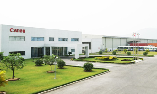 Covid-19 hotspot Bac Ninh permits reopening of Canon factory