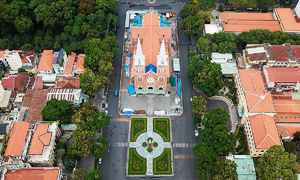 HCMC churches suspend mass as Covid knocks