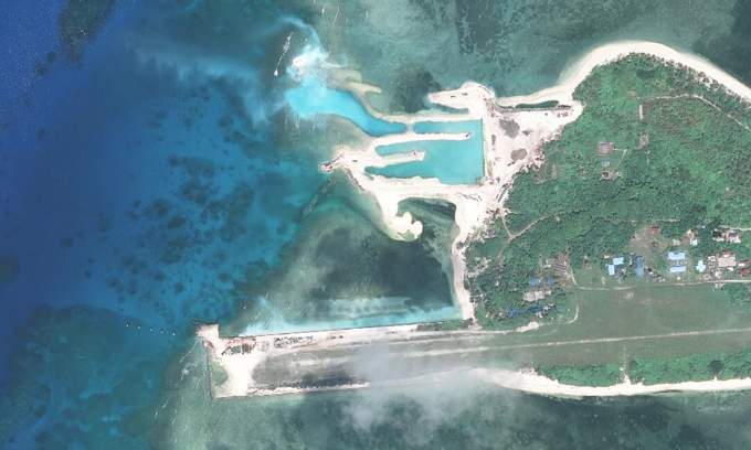 Any foreign construction on Spratly Islands illegal, Vietnam asserts