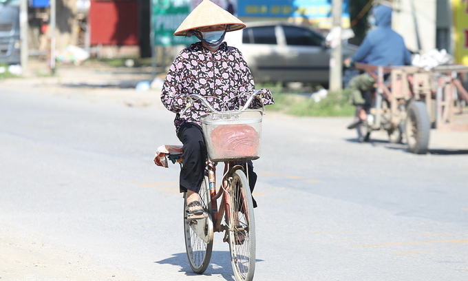 Hanoi swelters as mercury climbs to 40 degrees