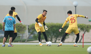Veteran keeper leaves past behind, heads to World Cup qualifiers