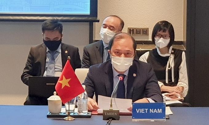 Vietnam slams unilateral East Sea actions