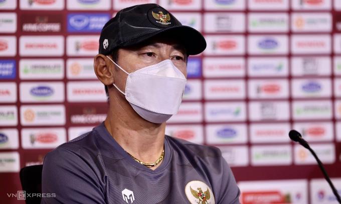 Huấn luyện viên Shin Tae-yong trong cuộc họp báo ngày 6/6/2021.  Ảnh của VnExpress / Lâm Thỏa.