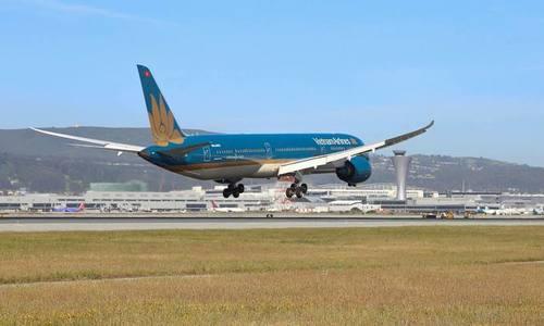 Flight from Hanoi to repatriate stranded Americans